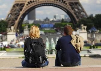 tourists_in_paris